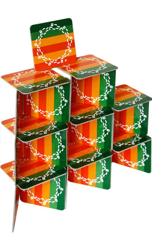 подложки за чаши от Таратанци наредени една върху друга