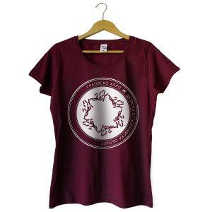 Дамска тениска в цвят бургунди с бял принт и хоро Граовско