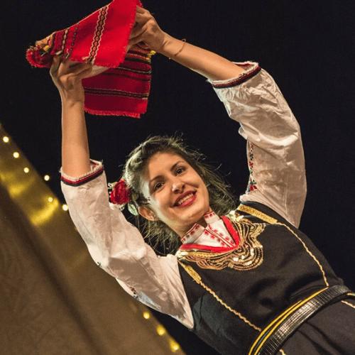 Фолклорът - преди и сега? - статия на Цветина Иванова